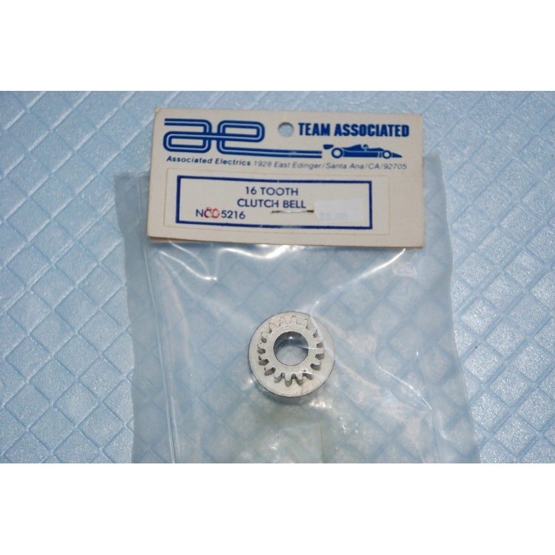 Vintage ASSOCIATED RC500 - Cloche embrayage 16 dents