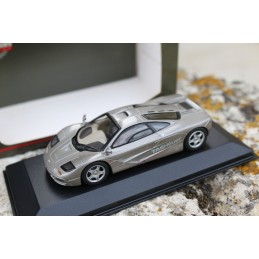 Mc Laren F1 Street Car Tag-Heuer Minichamps